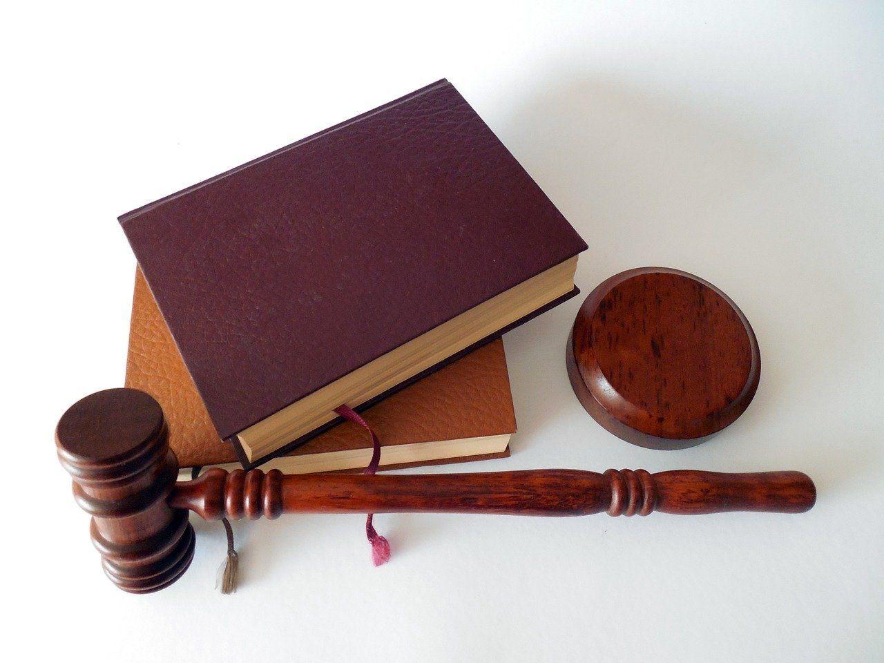 Vulnerar la ley de protección de datos